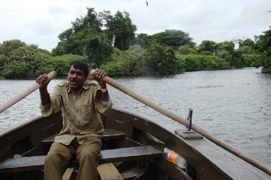 Ranganathittu Bird Sanctuary: Ranganathittu - Boatman
