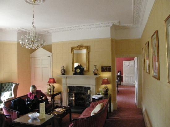 Bailbrook Lodge: LOUNGE