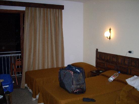 Hotel Santa Ana: camera pulita e spaziosa