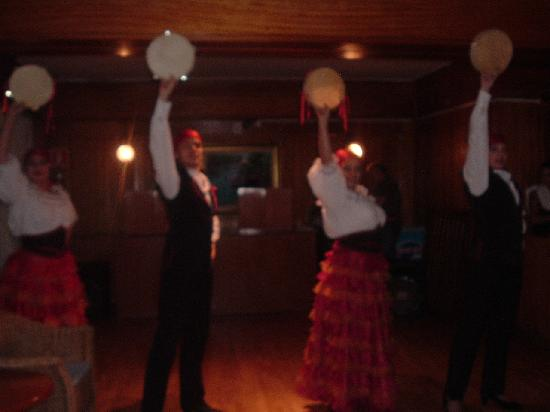 Flamboyan Caribe: Spanish Dancers in the bar