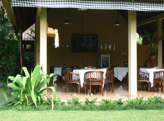 Saren Indah Hotel: Restaurant