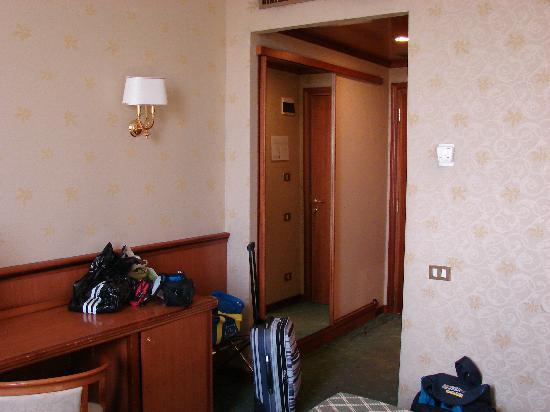 The Brand Hotel Roma: Camera 310 - Foto 03