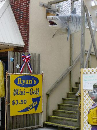 Rehoboth Beach, DE: Ryan's Mini-Golf Entrance as seen from boardwalk