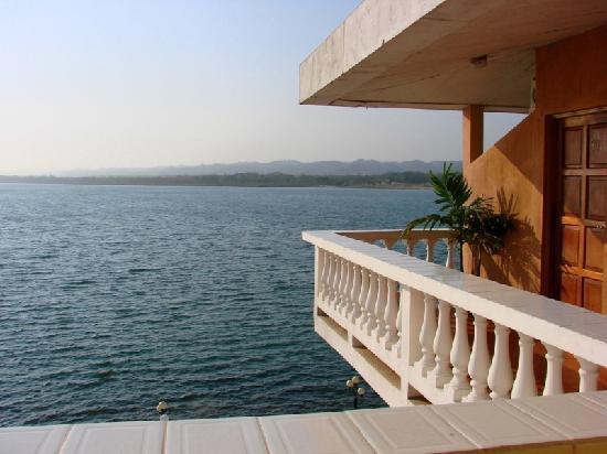Hotel Villa del Lago: view of Lago de Peten Itza from our rrom