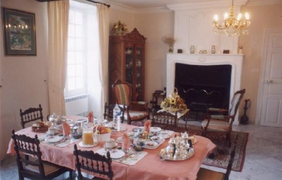 Manoir de Beaumont : Unforgettable Breakfast!!!