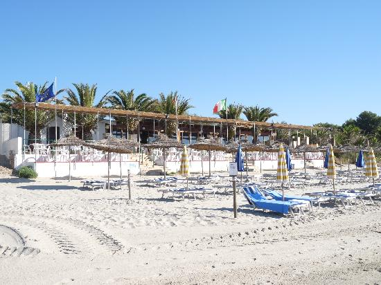 Sant'Efis Hotel: restaurant sur plage