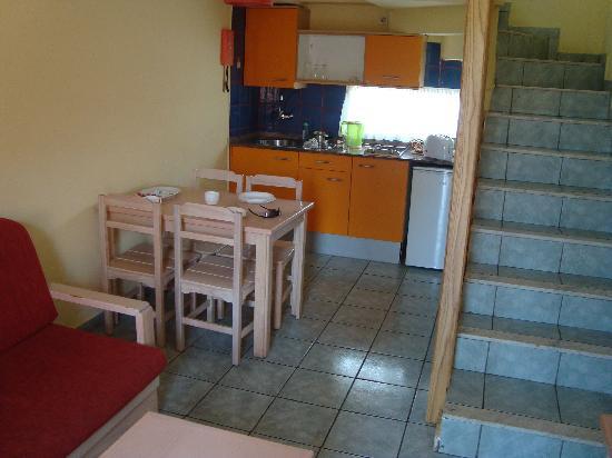 Jardin Del Sol Apartments Room