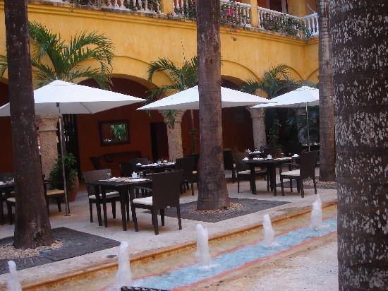 Charleston Cartagena Hotel Santa Teresa : terraza interior
