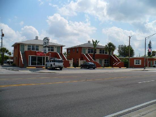 Swashbuckler Motel: Street view 2
