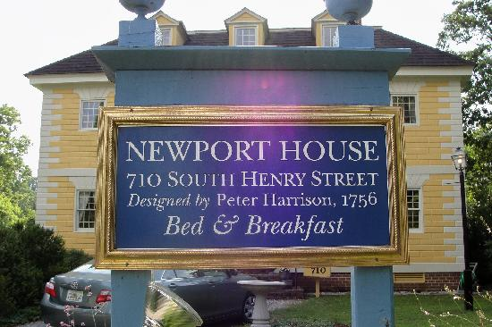Newport House Bed and Breakfast: exterior sign