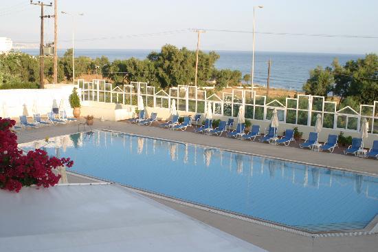 Skaleta, Greece: le petite piscine