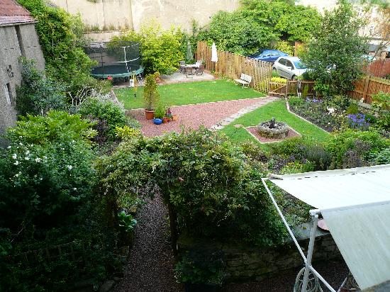 The Old Priory Bed and Breakfast: Garten