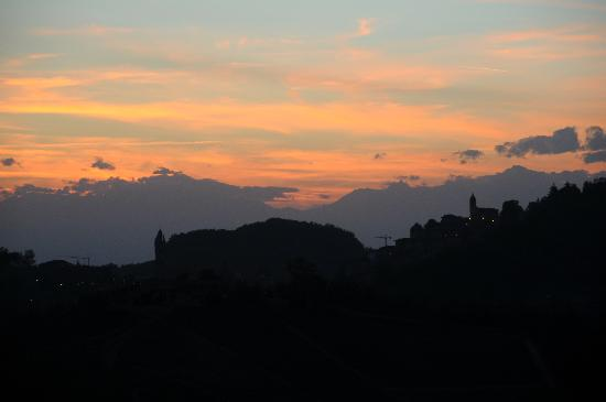 Il Grillo Parlante : View while dining outdoors