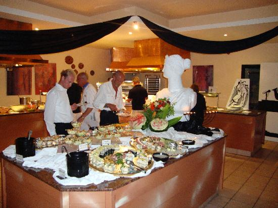 Aldiana Djerba Atlantide: Restaurant a theme chaque soir