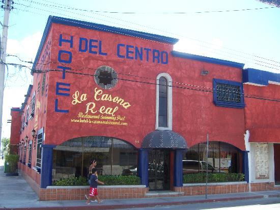 Hotel La Casona Real: Front of La Casona Real - aka Hotel del Centro