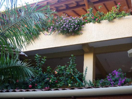Hotel Casa Celeste: view from courtyard to 3rd floor