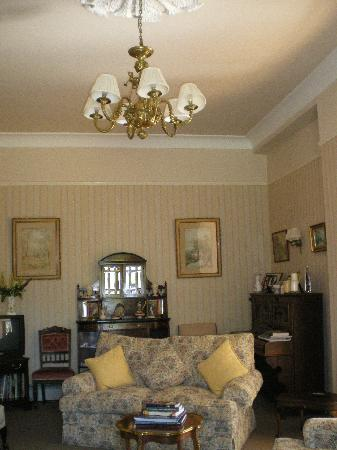 Foxmount Country House: Living Room