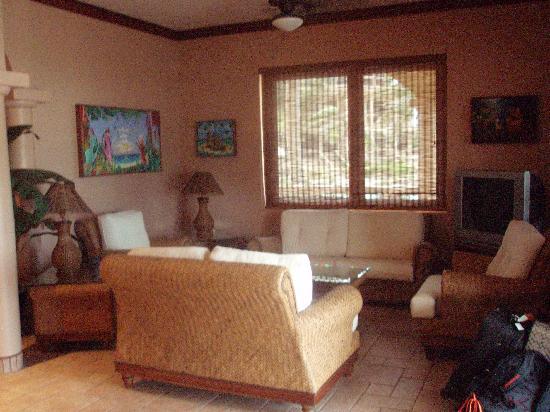 Coco Beach Resort: Living area
