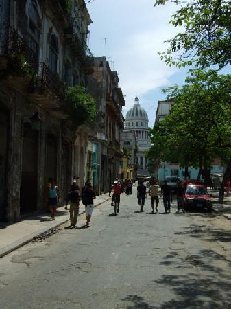 Casa Ricci: View towards El Capitolio from Plaza Cristo