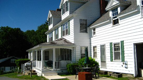 The Warfield House Inn: Warfield House Inn- Main House