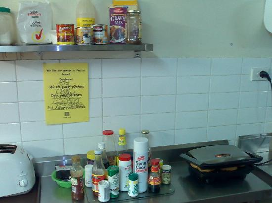 Glebe Point YHA: Hostel's Kitchen