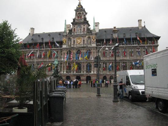 Grote Markt van Antwerpen: City Hall