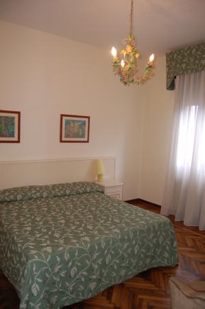 Villa Berghinz: A bedroom