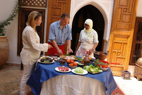 Zamzam Riad: COOKING LESSON