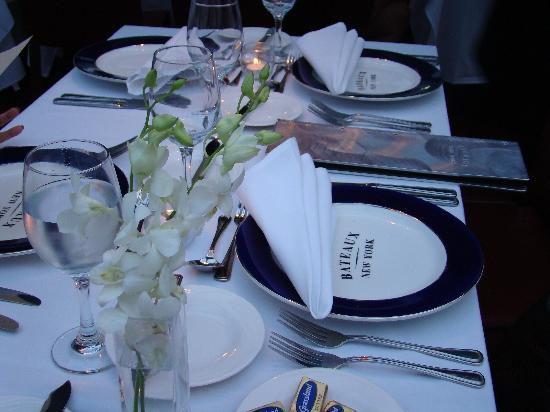 Bateaux New York: The table setting
