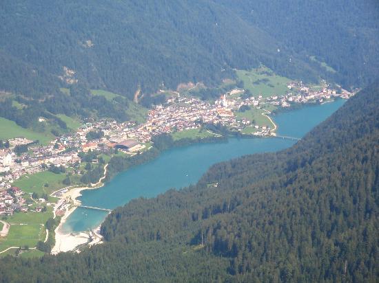 Auronzo di Cadore, Italien: auronzo vista da un rifugio