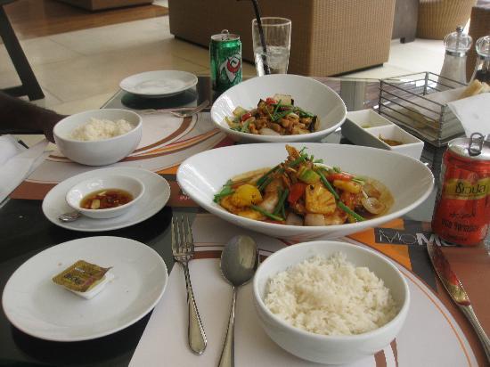 Novotel Phuket Surin Beach Resort.: yummy lunch!