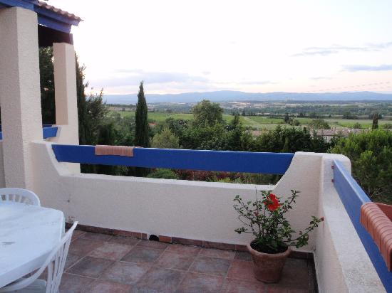 Le Castel Enchante : View from the terrace