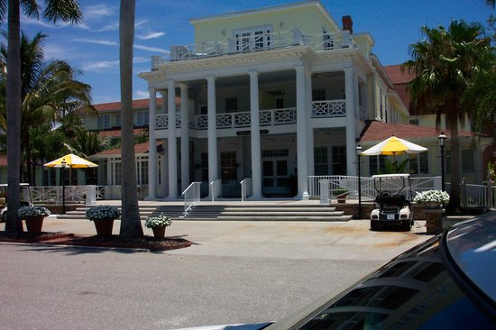 Gasparilla Inn & Club: Arriving at the Inn