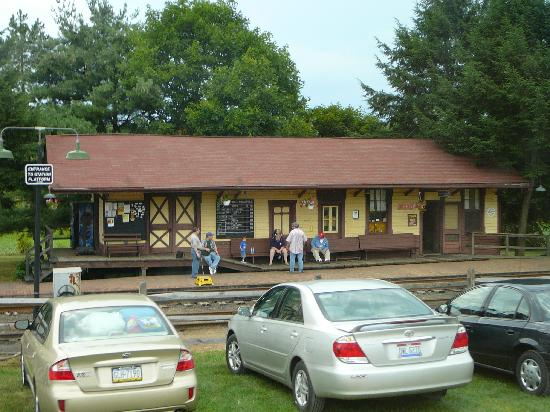 WK&S Railroad: station