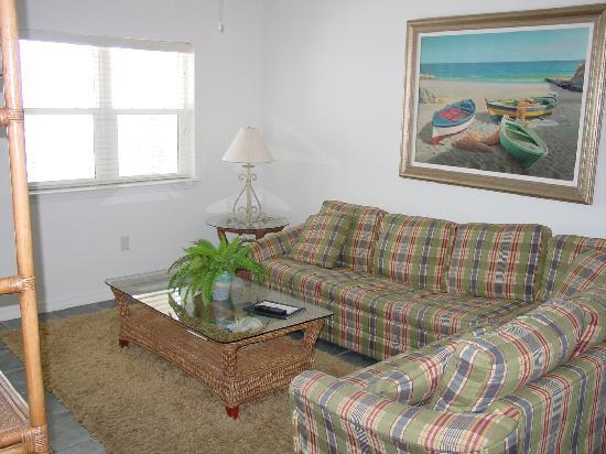 Holiday Inn Club Vacations Panama City Beach Resort : Living room