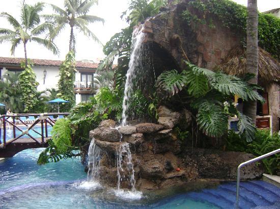 Hacienda Buenaventura Hotel & Mexican Charm All Inclusive: Bar junto a la alberca