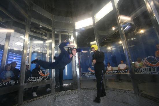 iFLY Indoor Skydiving - Orlando : Me Flying!