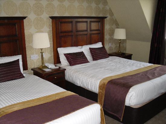 The Castlecourt Hotel: Standard bedroom