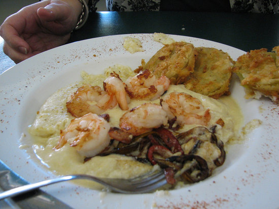 Thomas Cafe: The Shrimp and Grits