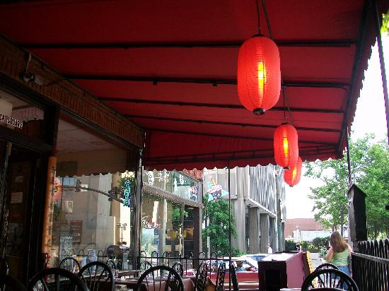 The Noodle Shop: Outdoor seating