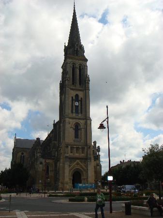 Located in Bergerac centre