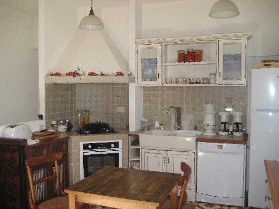 Incirliev Alacati: kitchen