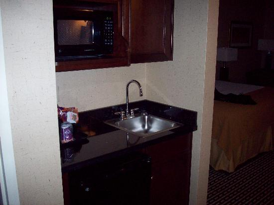 Holiday Inn Express Hotel & Suites Seymour: separate sink and fridge