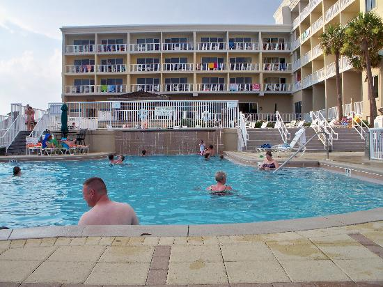 Springhill Suites By Marriott Pensacola Beach Pool Area Waterfall At This Heated
