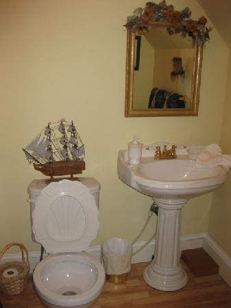 Stacey House B&B: 3 pc ensuite bathroom