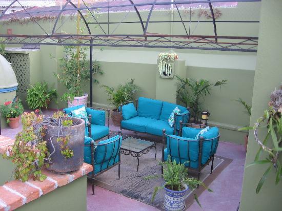 Casa Quetzal Hotel: a terrace