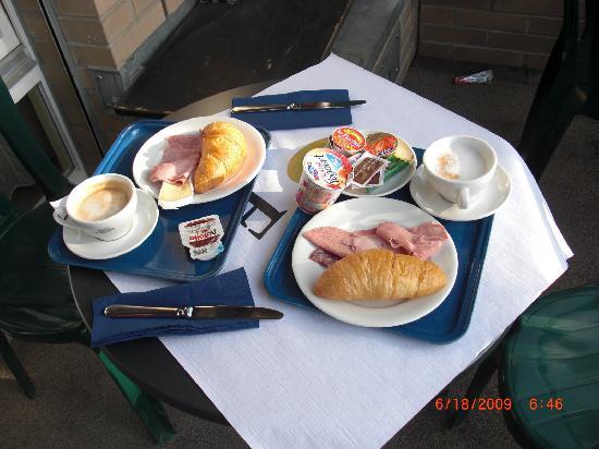 Hotel Loge Winterthur: Breakfast