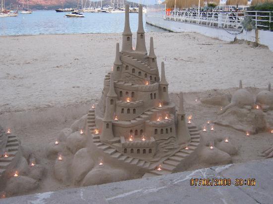 Mar Senses Puerto de Pollença: sand sculpture