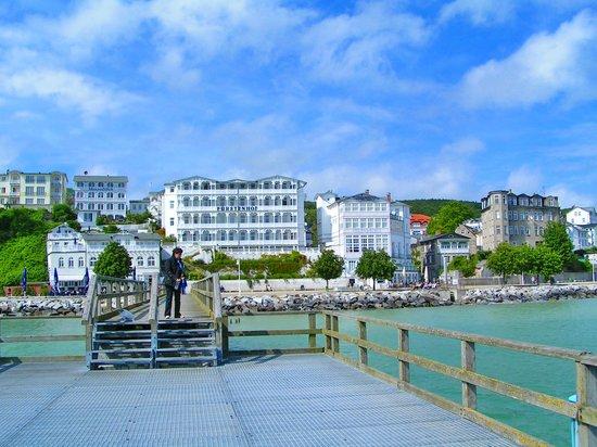 Seaside Appartements Ruegen: Sassnitz vom Wasser aus