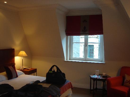 Hotel Amigo: habitacion 2